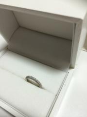 【ギンザタナカブライダル(GINZA TANAKA BRIDAL)の口コミ】 他ブランドですが婚約指輪を買った時に、カタログにその婚約指輪とパヴェ…