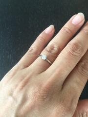 【カルティエ(Cartier)の口コミ】 ダイヤモンドがついている指輪がほしかったので、主人にお願いしました。オ…