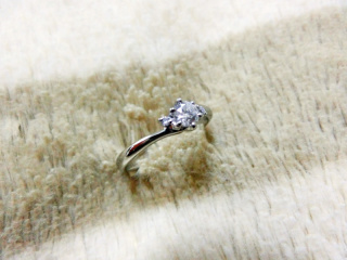 【ジュエリーツツミ(JEWELRY TSUTSUMI)の口コミ】 デザインが統一されているという理由で、婚約指輪・結婚指輪ペアの3点セッ…