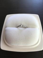 【俄(にわか)の口コミ】 プロポーズ後、婚約指輪を購入するため夫と様々なブランド、店舗を回り、…