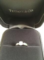 【ティファニー(Tiffany & Co.)の口コミ】 元々ブランドに憧れがあり、ティファニーでと決めていました。お店の方の対…