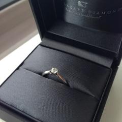 【ラザール ダイヤモンド(LAZARE DIAMOND)の口コミ】 元々、シンプルなTHE婚約指輪!というような指輪が希望でした。ラザール…