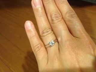 【ヴァン クリーフ&アーペル(Van Cleef & Arpels)の口コミ】 何より、ダイヤが大きく、ダイヤモンドが綺麗についているシンプルなデザ…