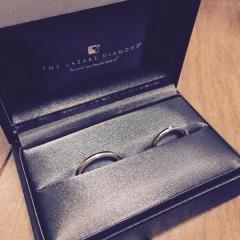 【ラザール ダイヤモンド(LAZARE DIAMOND)の口コミ】 元々、普段つけていてもジャマにならないストレートのシンプルな結婚指輪が…