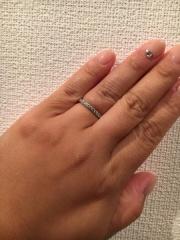 【ティファニー(Tiffany & Co.)の口コミ】 結婚指輪もダイヤが入っているものが良くて、色々定員さんに相談したらこち…