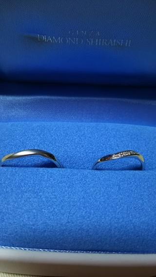 【銀座ダイヤモンドシライシの口コミ】 動きのあるデザインで、メレダイヤが付いているのが気に入りました。また…