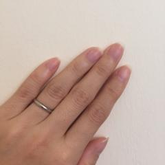【カルティエ(Cartier)の口コミ】 指がとても綺麗にかつ細く見えます。手が小さい私でもとてもスッキリ見えた…