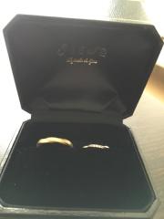 【SIENAROSE(シエナロゼ)の口コミ】 結婚指輪はプラチナではなく、ゴールドが良いというこだわりが主人にあっ…