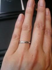 【エクセルコダイヤモンド(EXELCO DIAMOND)の口コミ】 ふだん指輪を二人とも身につけることが無かったため、結婚指輪のデザインは…