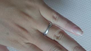 【俄(にわか)の口コミ】 結婚指輪を決めるとき、旦那サマは特にこだわりがないためわたしに選ばせて…