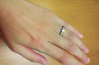 【俄(にわか)の口コミ】 自分たちの出身地である京都府のブランドだったこと。 指輪ごとに作られて…