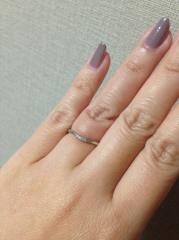 【アイプリモ(I-PRIMO)の口コミ】 つけた時に、指が細く見えること、リングは細身であること、婚約指輪とも重…