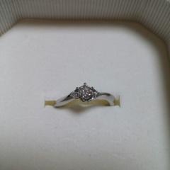 【4℃(ヨンドシー)の口コミ】 婚約指輪と言えば立て爪のダイヤモンドリングですが、私は立て爪が苦手なの…