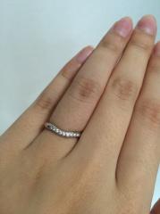 【ティファニー(Tiffany & Co.)の口コミ】 先に婚約指輪を貰っており、重ね付けした時に綺麗なデザインを探していまし…