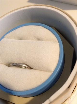 【銀座ダイヤモンドシライシの口コミ】 セミオーダーメイドも出来るとのこともあり、自分たちだけの指輪が作れる…