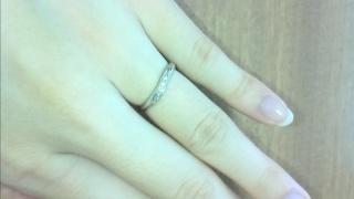 【アイプリモ(I-PRIMO)の口コミ】 デザインがとても気に入りました。個人的に婚約指輪はいらないと思っていた…