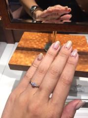 【銀座ダイヤモンドシライシの口コミ】 シライシさんのダイヤモンドの輝きを見ると、他のブランドのことを全て忘れ…
