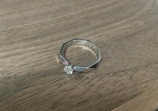 【ブシュロン(BOUCHERON)の口コミ】 結婚情報誌で見たブシュロンの指輪達に一目惚れしました。実際にお店に行き…