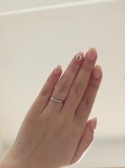 【4℃(ヨンドシー)の口コミ】 何個も試し付けしましたが、この指輪が1番指のラインが綺麗見えました。 …