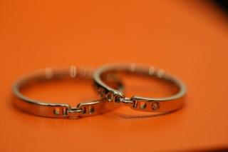 【エルメス(HERMES)の口コミ】 婚約指輪とブランドを合わせるかどうか悩みましたが,二人とも気に入るデザ…