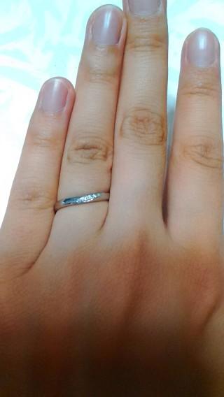 【組曲ジュエリーの口コミ】 あまりにも「THE結婚指輪」というものが苦手で、主人も私も普段からアク…