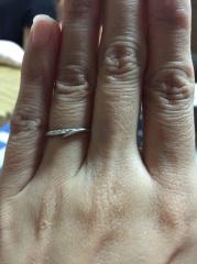 【アイプリモ(I-PRIMO)の口コミ】 ネットでずっと見ててこの指輪が欲しいと決めていて実物を見て一目惚れを…