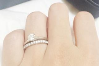 【ハリー・ウィンストン(Harry Winston)の口コミ】 フルエタニティの指輪が欲しく、ダイヤモンドの大きさと爪の割合を様々なブ…