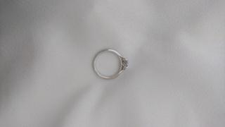 【俄(にわか)の口コミ】 俄の結婚指輪にしたい!と思っていたが、 婚約指輪は、特に検討しているお…