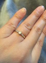【ラザール ダイヤモンド(LAZARE DIAMOND)の口コミ】 ネットで色々なお店の婚約指輪をみていました。そして色々なお店の指輪を見…