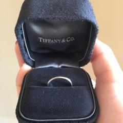 【ティファニー(Tiffany & Co.)の口コミ】 婚約指輪がダイヤのついた指輪で、私はせっかくなので婚約指輪と重ね付け…