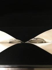 【エクセルコダイヤモンド(EXELCO DIAMOND)の口コミ】 相手(男性)のデザインがシンプルすぎず、派手すぎないところ。女性だけが…