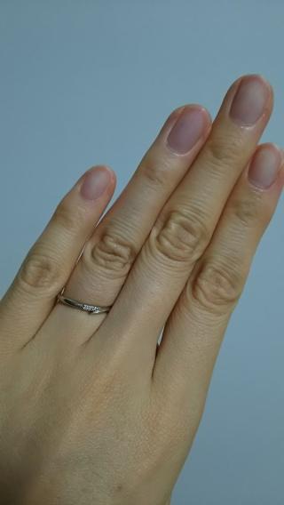 【アイプリモ(I-PRIMO)の口コミ】 主張しすぎない指輪を選びました。 仕事中見た目にギラギラしていたり、太…