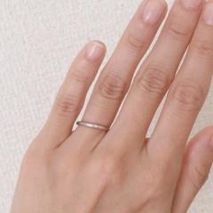 【アイプリモ(I-PRIMO)の口コミ】 シンプルな細身の指輪を探しており、指にはめてみた時に一番しっくりきたの…