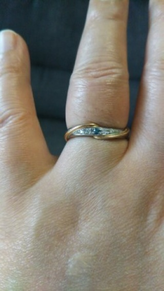 【アイプリモ(I-PRIMO)の口コミ】 指のラインを美しく見せることができる結婚指輪を探していて、お店の方にn…