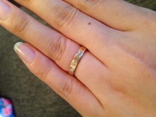 【ティファニー(Tiffany & Co.)の口コミ】 結婚指輪は、ずっと憧れていたティファニーにと決めていた事と、お店で直…