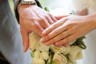 【ティファニー(Tiffany & Co.)の口コミ】 本当にシンプルでオーソドックスなデザインですが、丸みがあって指にはめて…