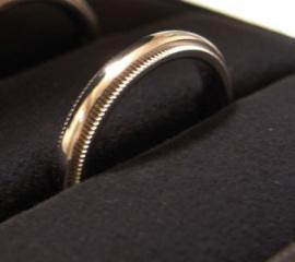 【ティファニー(Tiffany & Co.)の口コミ】 シンプルで長くつけることができるもの、夫婦一緒のデザインにしたいとい…