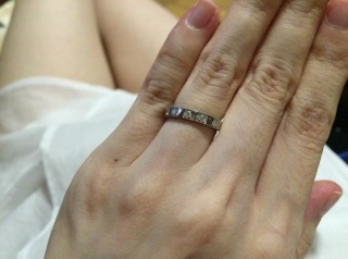 【ブルガリ(BVLGARI)の口コミ】 もともと結婚指輪としてデザインされているものだそうですが、ダイヤモンド…