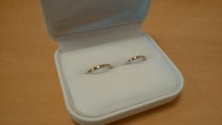 【WATANABE / 宝石・貴金属 渡辺の口コミ】 細身のストレートラインでプラチナのリングを探していました。婚約指輪も…
