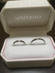 【SIND BAD(シンドバット)の口コミ】 毎日着けれるように、シンプルなデザインが希望でした。 仕事上指輪が汚れ…