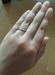 【銀座ダイヤモンドシライシの口コミ】 ゴージャス感があってキラキラ輝いてたところに魅力を感じましたー。 婚約…