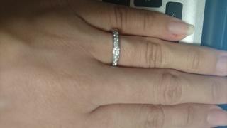【ティファニー(Tiffany & Co.)の口コミ】 買う前から想像していたリングがハーフエタニティーのダイヤがたくさんつ…