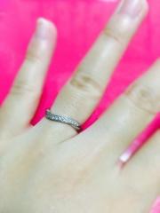 【Princess Bijou(プリンセス・ビジュー)の口コミ】 ディズニーと海が好きでこの指輪を選びました。 名前が上りも下りもするこ…