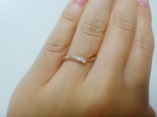 【俄(にわか)の口コミ】 指輪の名前が美しかったことと、指輪のテーマに感動したからです。リング…