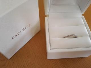 【Cafe Ring(カフェリング)の口コミ】 ダイヤがついているものを探しました。日常ずっと使いたかったので石が大き…