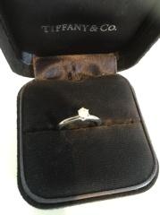 【ティファニー(Tiffany & Co.)の口コミ】 昔から婚約指輪はティファニーがいいなぁと常々思っていました!カルティ…