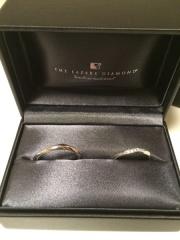 【ラザール ダイヤモンド(LAZARE DIAMOND)の口コミ】 この指輪に決めたのは、デザインはさることながら、スタッフの方がとても丁…