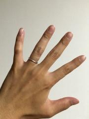 【AFFLUX(アフラックス)の口コミ】 アフラックスの指輪はつけ心地が良く、つけた瞬間これはいい!と感じました…