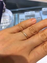 【ヴァンドーム青山(Vendome Aoyama)の口コミ】 私は指が太いので、なるべく細く見えるように、華奢なデザインを探してた時…