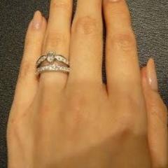 【ショーメ(CHAUMET)の口コミ】 他のメーカーにはない、とてもゴージャスなデザイン性。指輪の重ね付けをし…